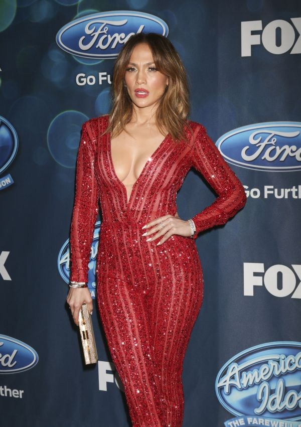"Meet The ""American Idol XV"" Finalists - ArrivalsFeb 25 2016 - The London Hotel - West Hollywood, California United StatesPictured: Jennifer Lopez, J.Lo, J LoRef: SPL1235981 260216 Picture by: @Parisa / Splash NewsSpl"