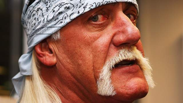 hulk-hogan-hand-injury
